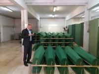 Delegacija Zeničko-dobojskog kantona odala počast žrtvama genocida u Srebrenici